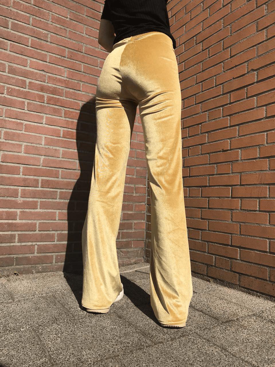 Velvet flared pants goud