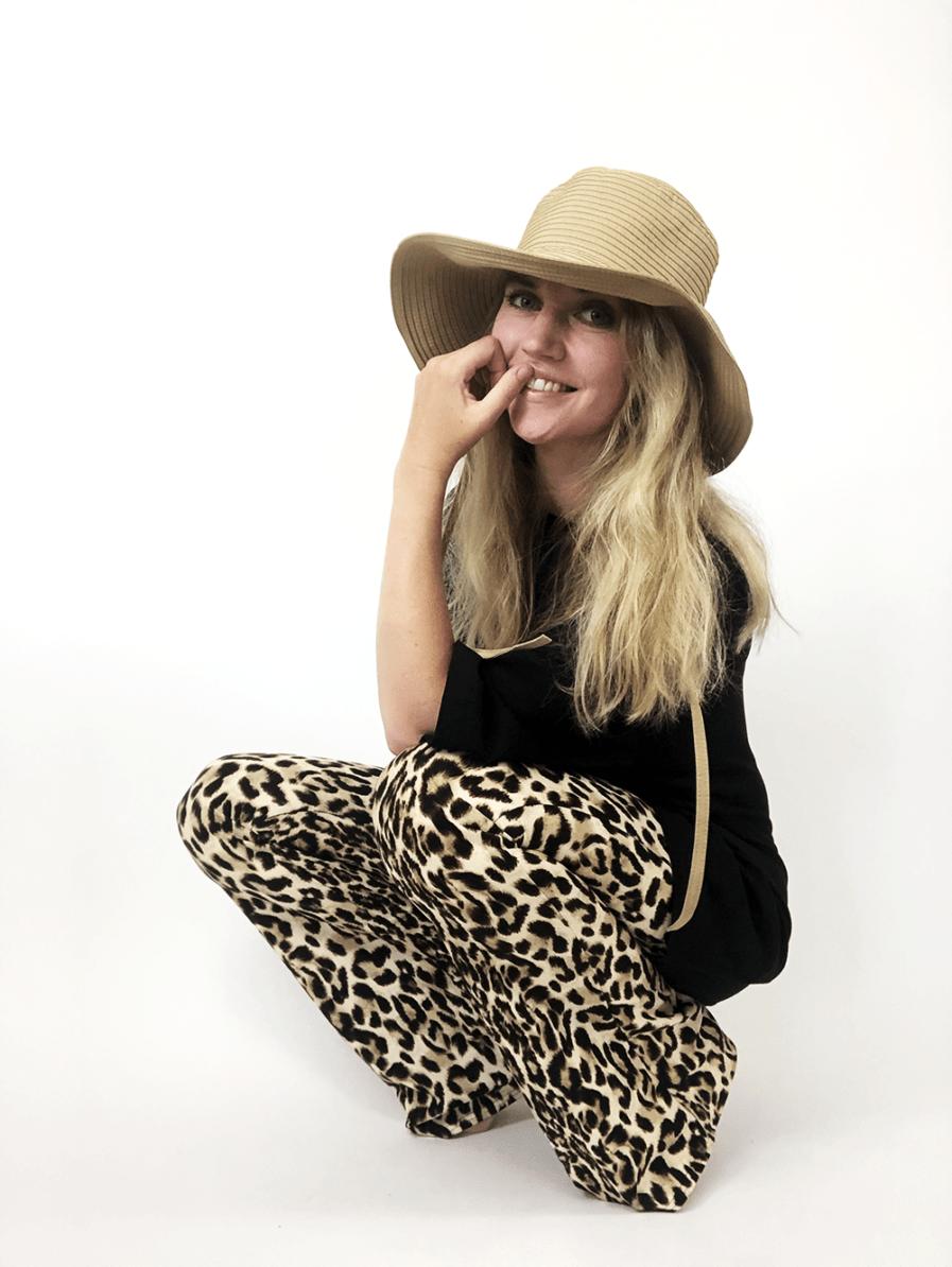 Flared pants - leopard print - model