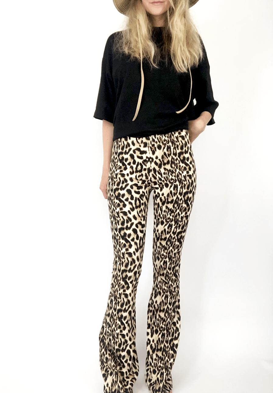 Flared pants - leopard print - voorkant 2