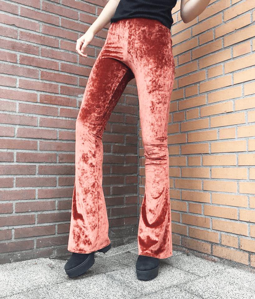 Velvet flared pants - donker oranje
