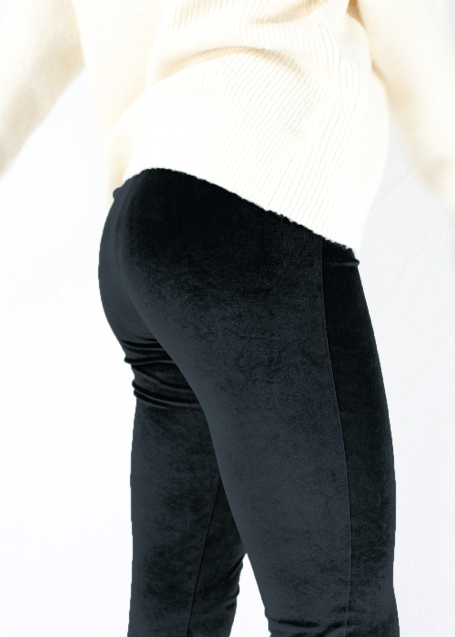Velvet flared pants – black – zwart – FLRD