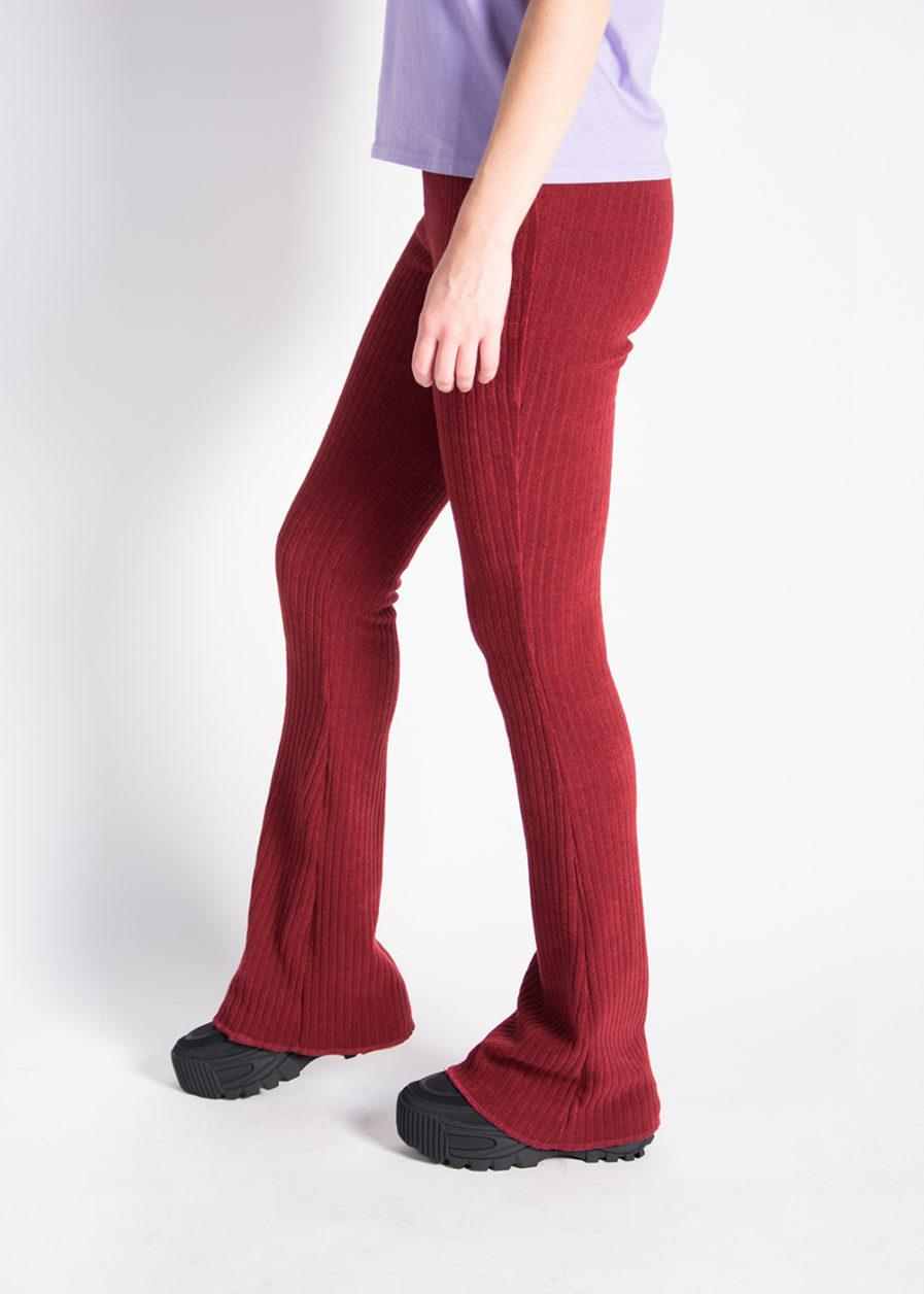 Ribbed flared pants - red - zijkant