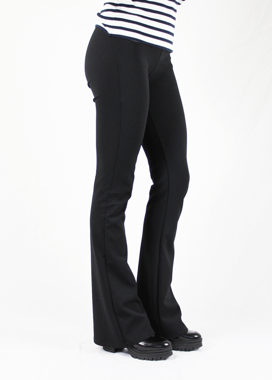 Flared pants zwart black – zijkant 2