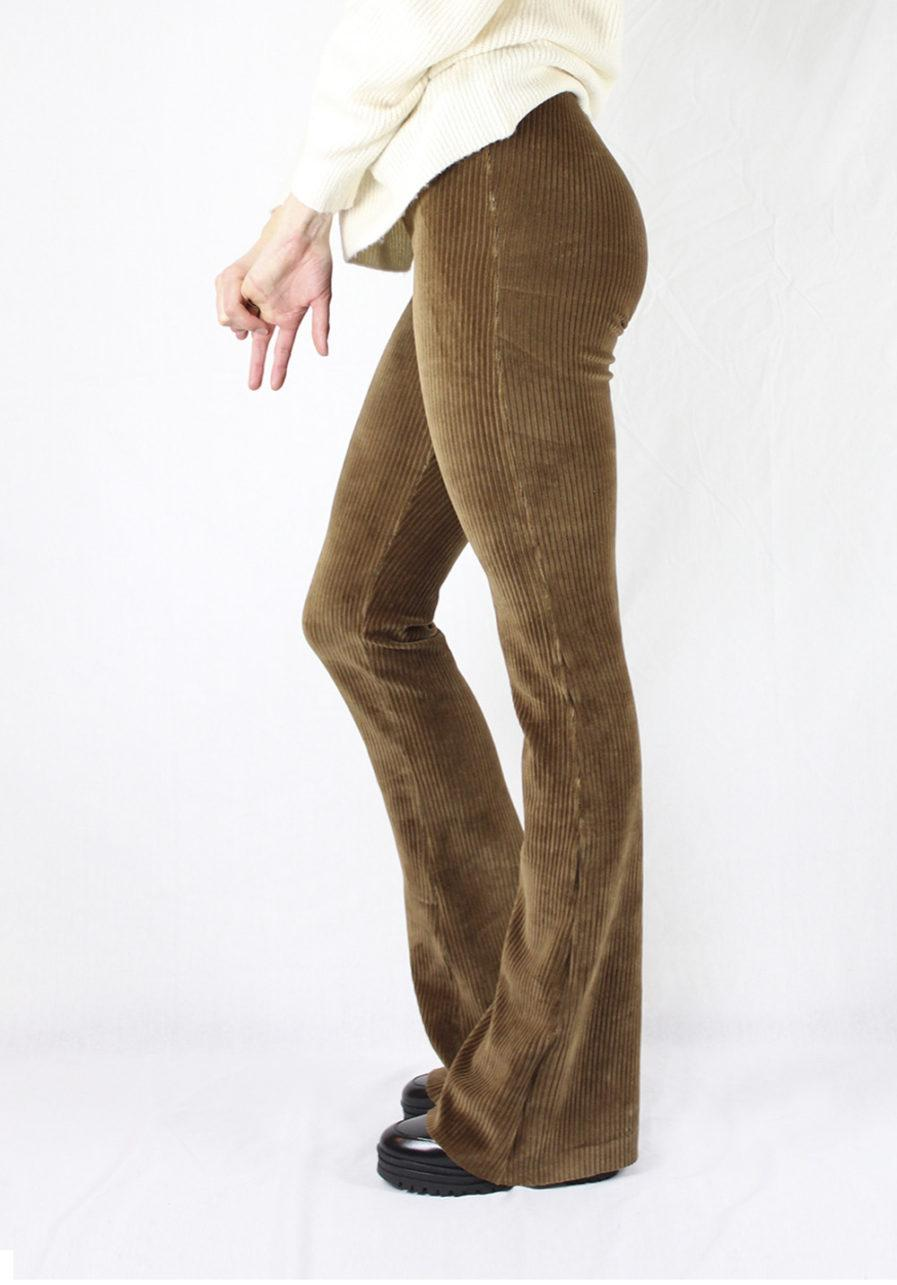 Corduroy flared pants bruin brown – zijkant