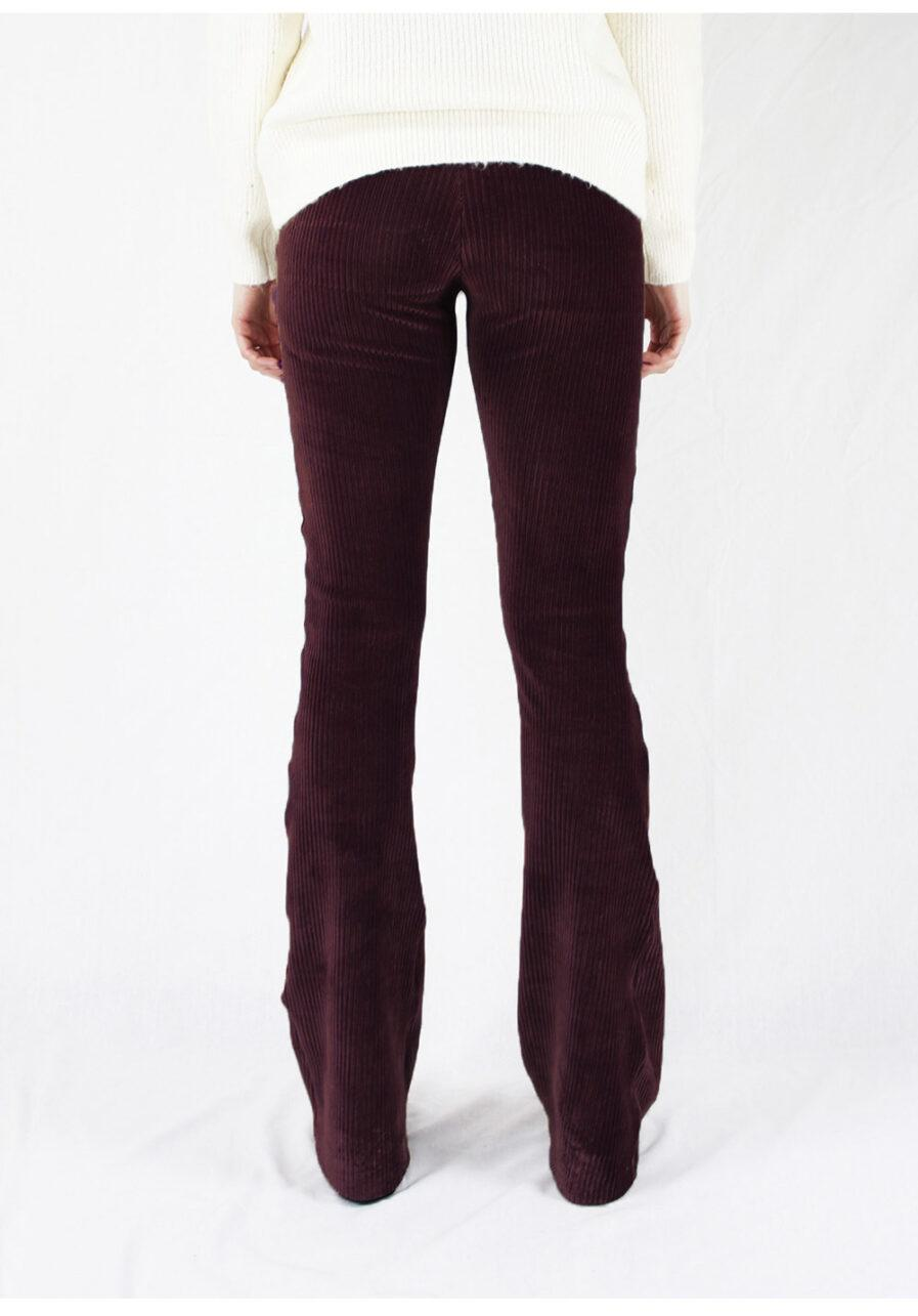 Ribbed flared pants - bordeaux rood - achterkant