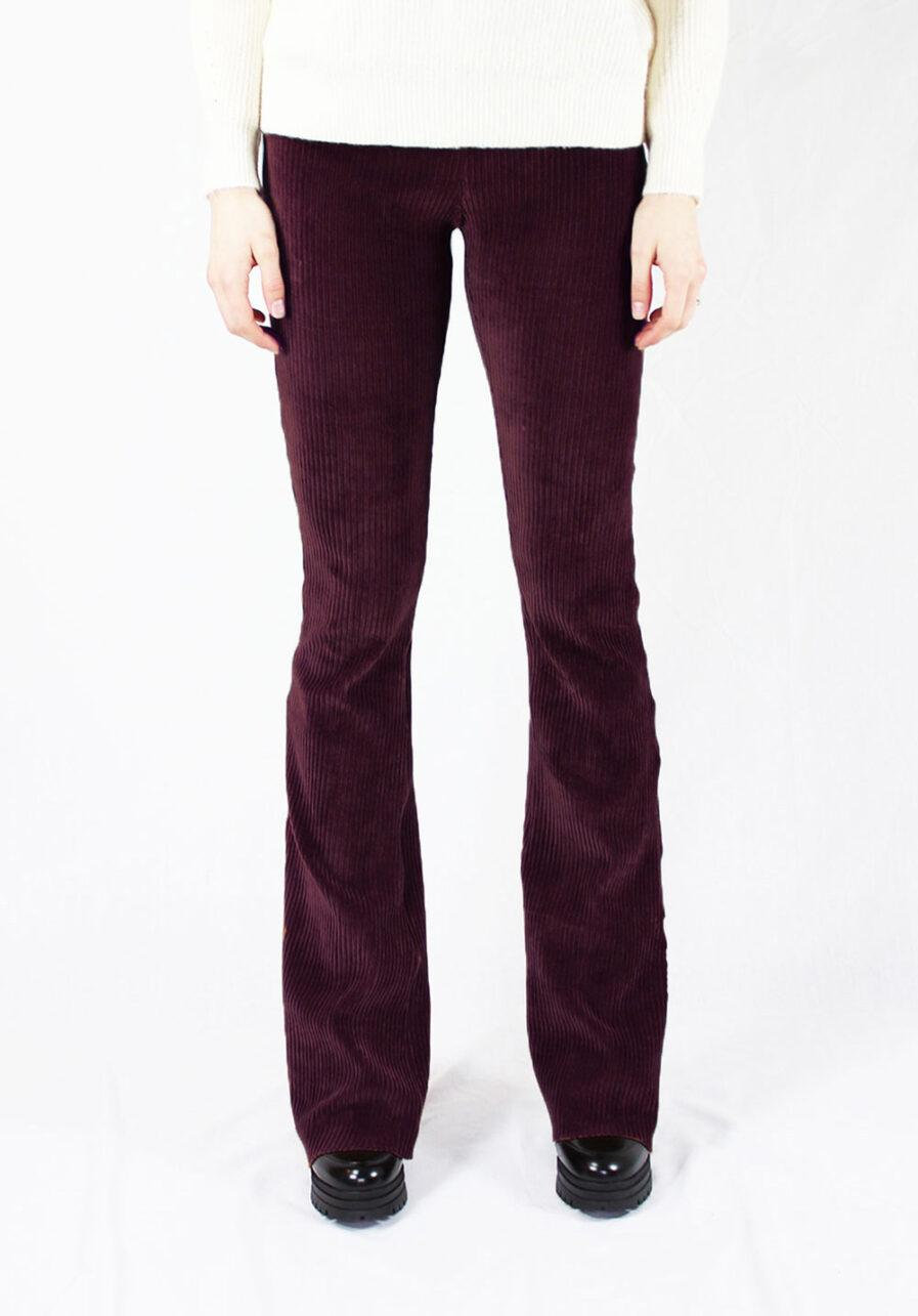 Ribbed flared pants - bordeaux rood - voorkant