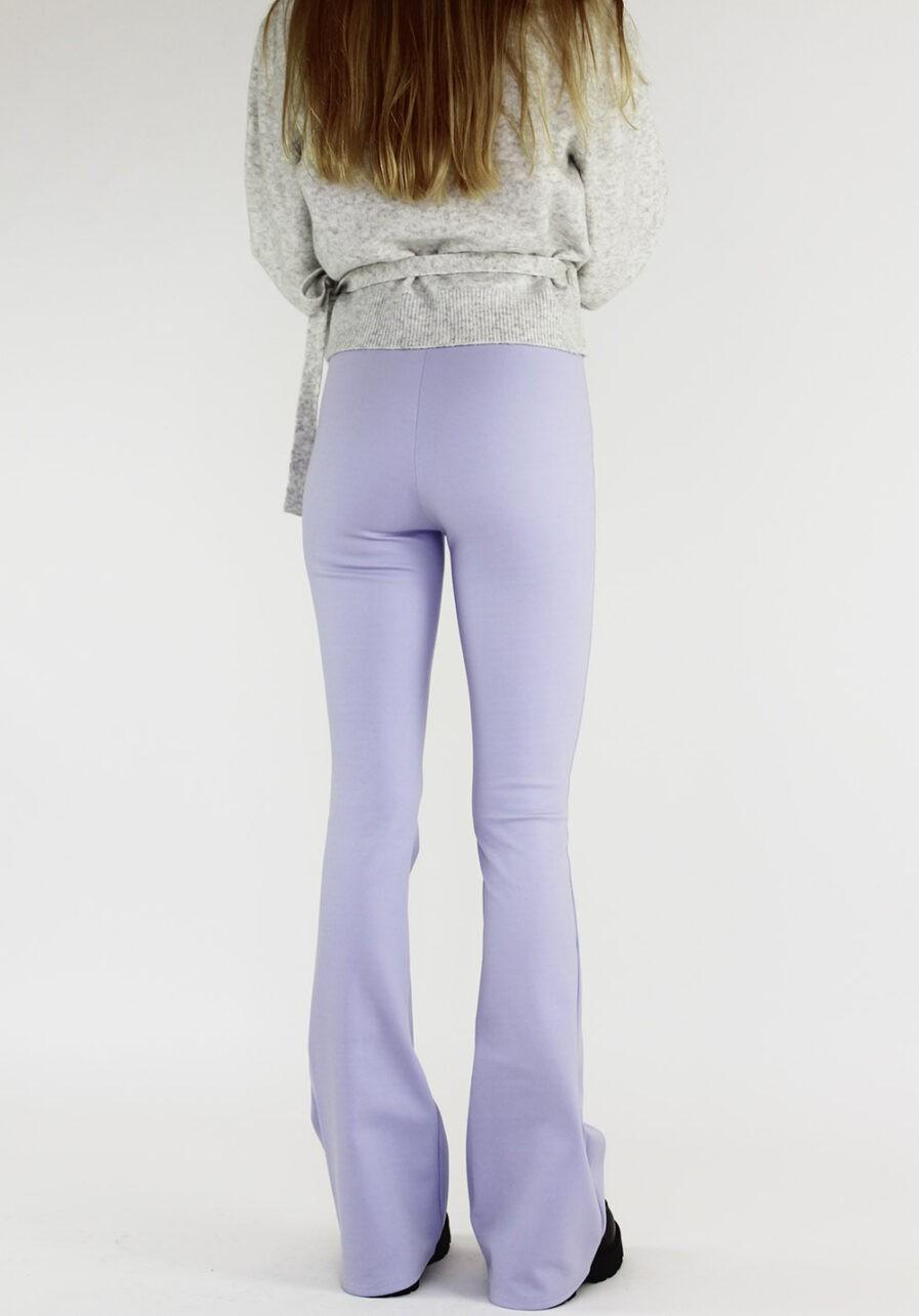 Flared pants lila - achterkant schuin