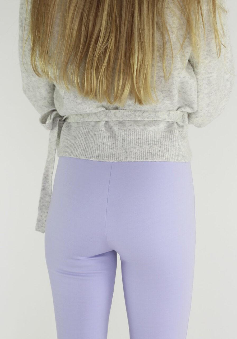 Flared pants lila - close-up