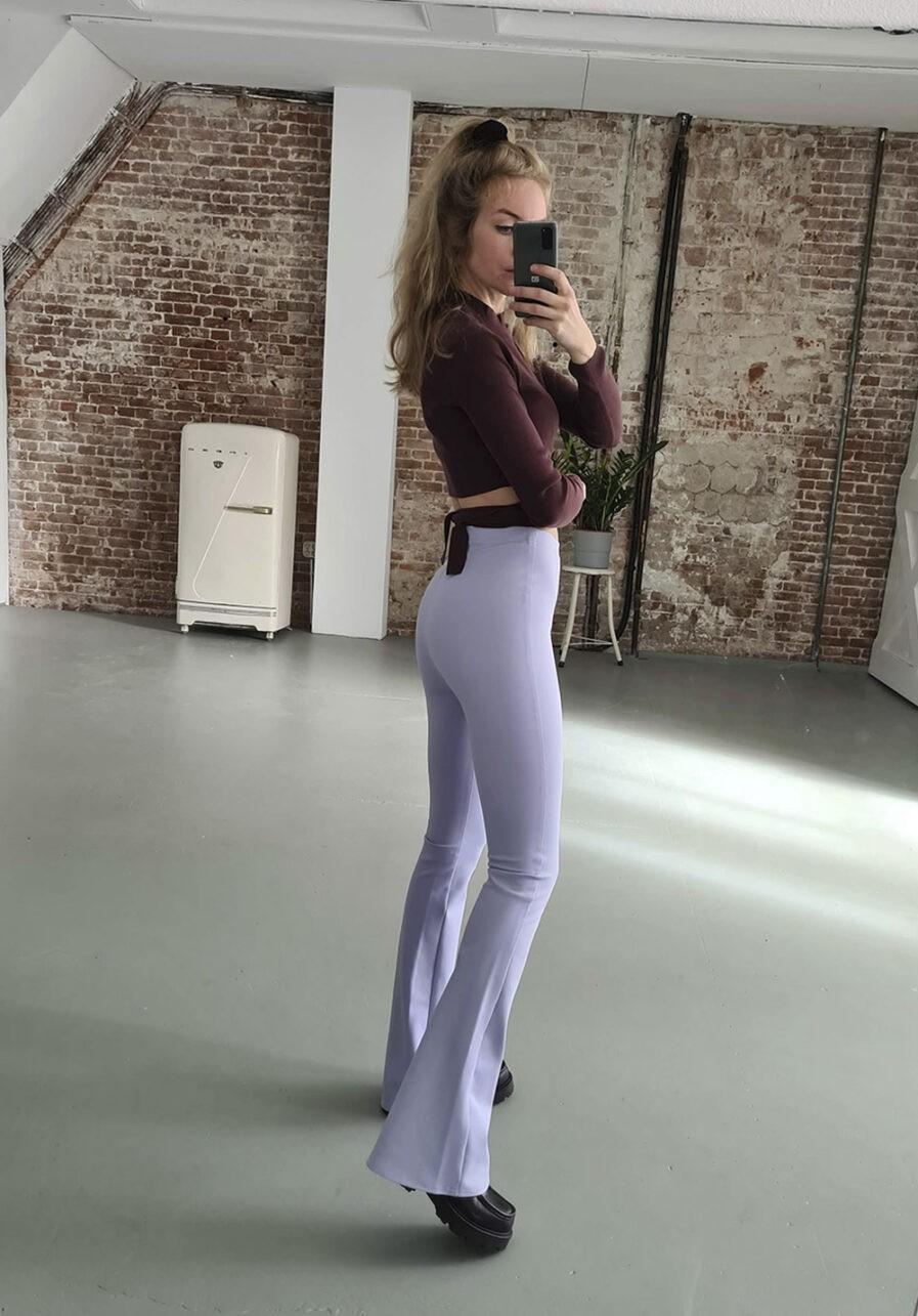 Flared pants lila - inspiratie