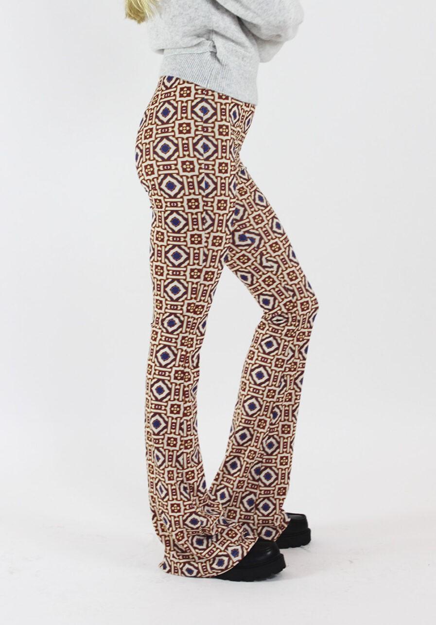 Printed flared pants - Afrikaanse print - zijkant
